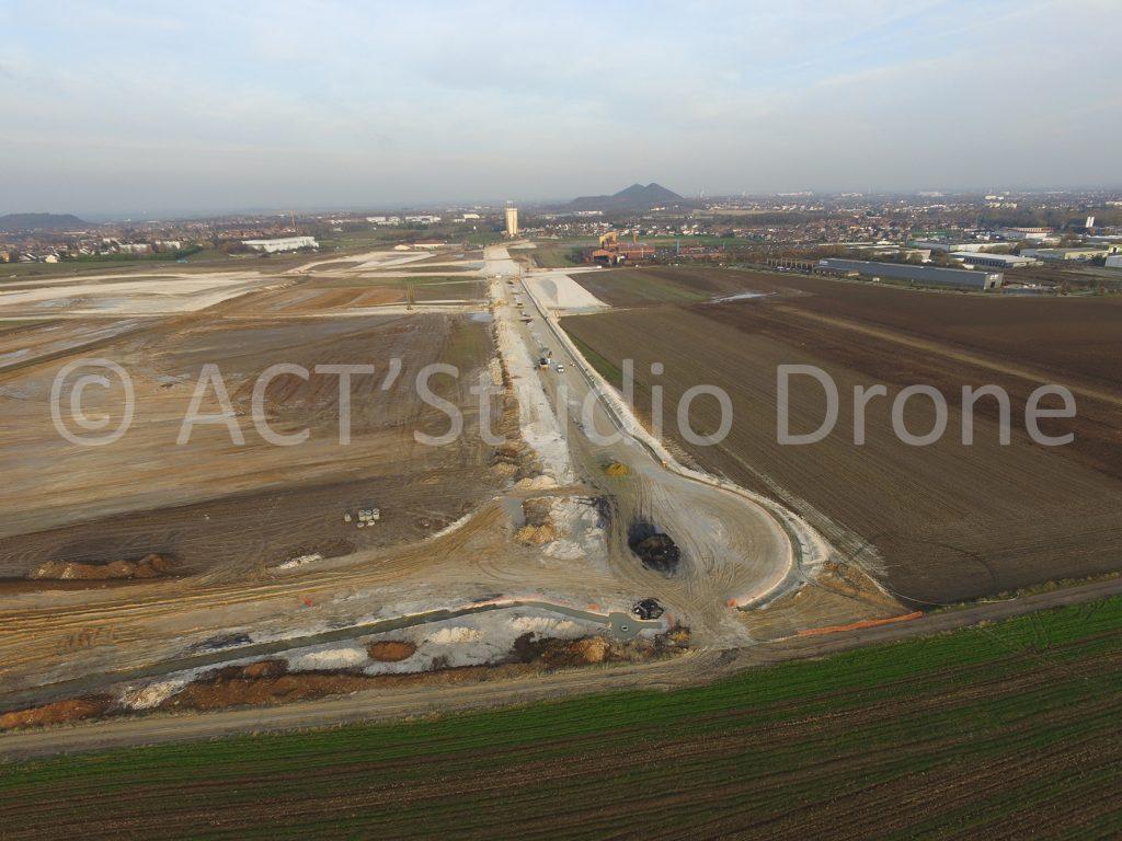 Zone des Alouettes Liévin, l'extension de la zone d'activité vue du ciel. Drone Pas-de-Calais. ©ACT'Studio Drone.
